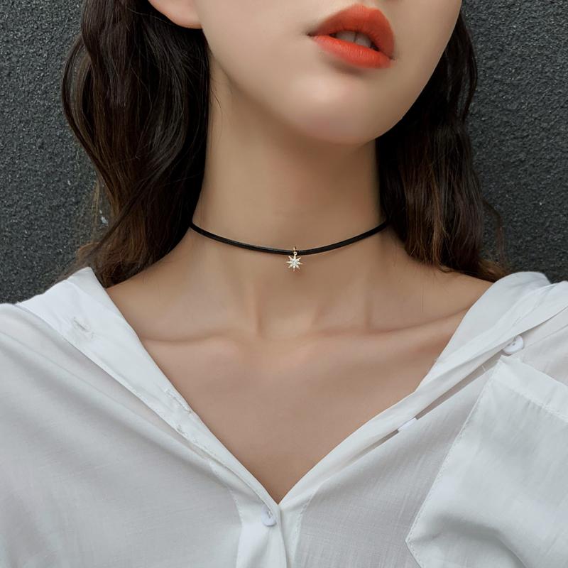 2021年新款项链女锁骨链轻奢小众黑色皮绳颈带脖子饰品choker项圈