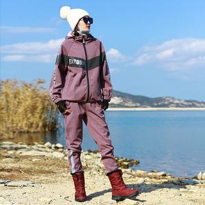 运动户外女新郊游野营登山徒步保暖时尚潮流抓绒软壳冲锋衣裤套装