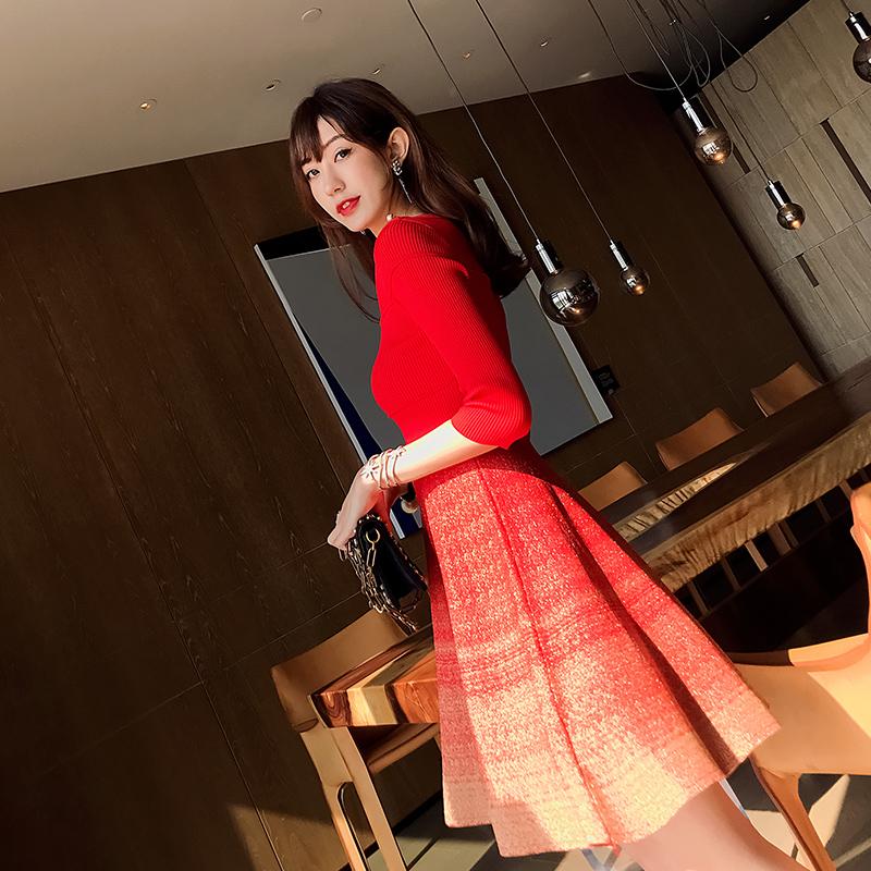 有女人味的韩版红色复古名媛小香风a字针织连衣裙女秋秋2019新款