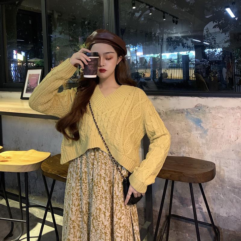 大码女装胖mm韩风ins秋冬新款毛衣显瘦绑带黄色碎花连衣裙