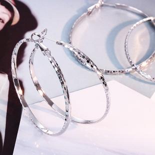 曼休妮S925银针大耳圈女韩国个性 耳扣圆形圆圈圈耳环 气质耳钉时尚