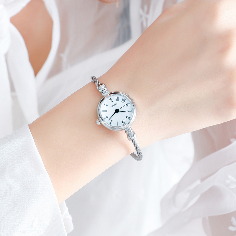 Watch female student Korean version simple and fresh small dial with small Bracelet open chain ins package