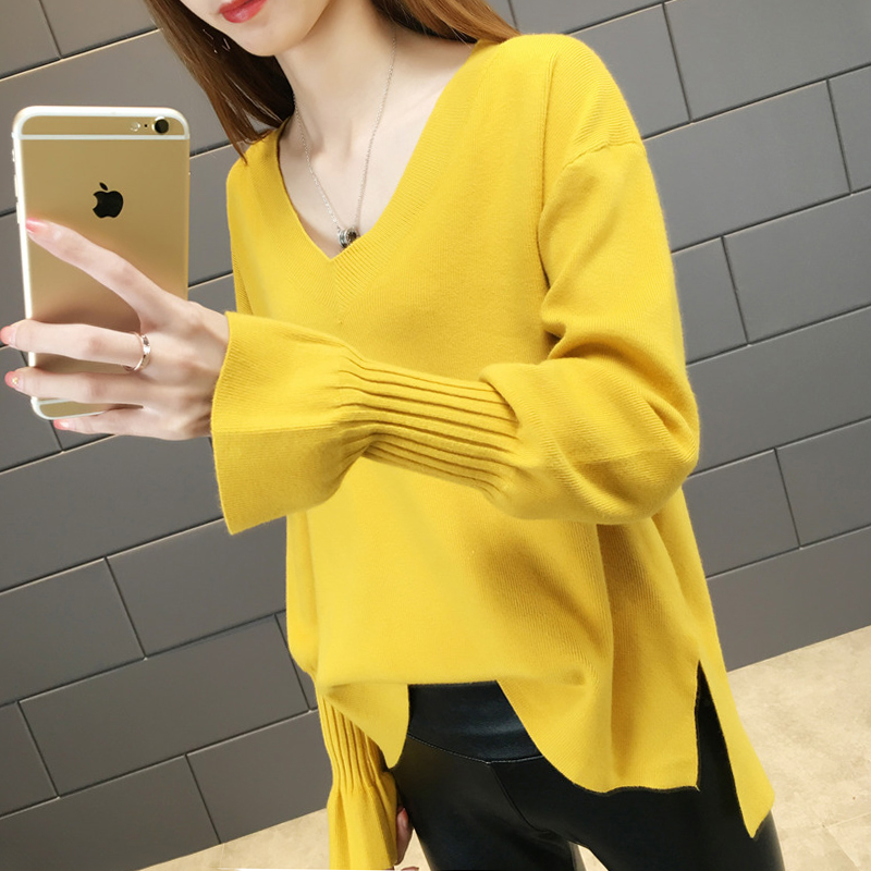 Small fresh sweater spring and autumn clothes 2017 new Pullover female loose Korean student V-neck top female sweater