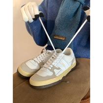 美式复古板鞋秋冬学院风搭配王米色百搭低帮运动鞋德训鞋许刘芒