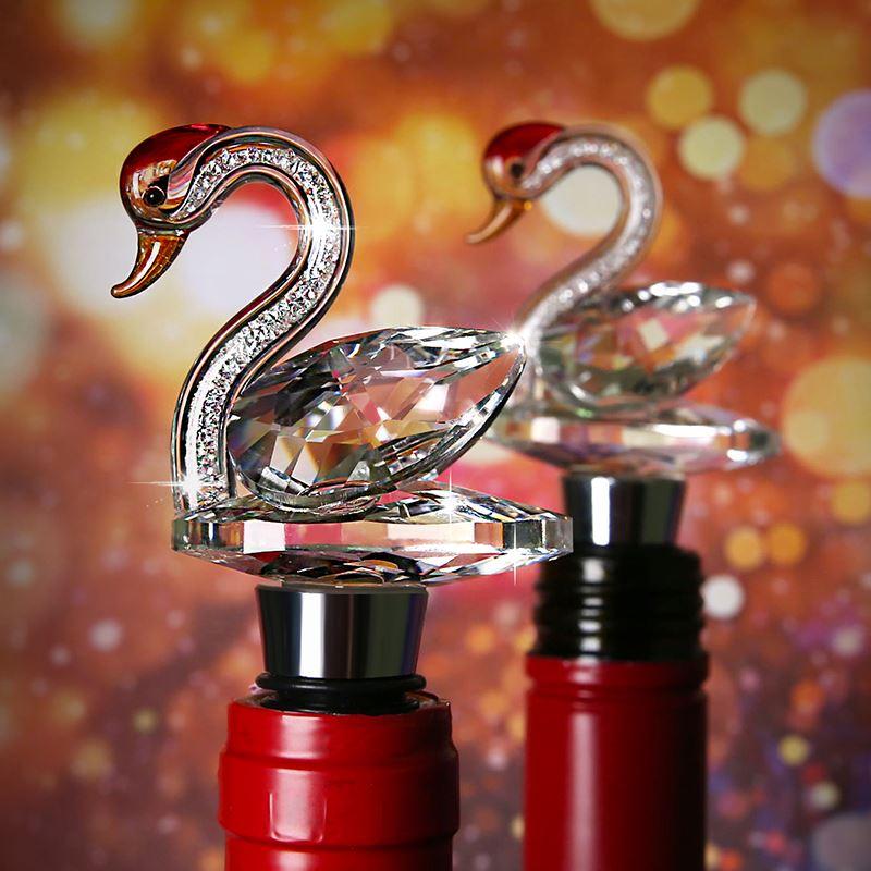 創意的な水晶の白鳥の瓶の栓は家庭用ステンレスの密封のワインの栓の瓶の蓋の赤い酒の瓶の栓です。