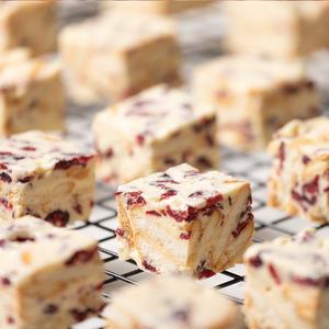 满29包邮~蔓越莓雪花酥~手工好吃的糕点心网红零食品牛轧奶芙饼干