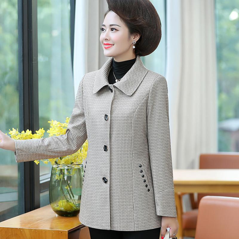中老年女装夹克格子外套春装中年妈妈装大码时尚服装风衣妇女上衣