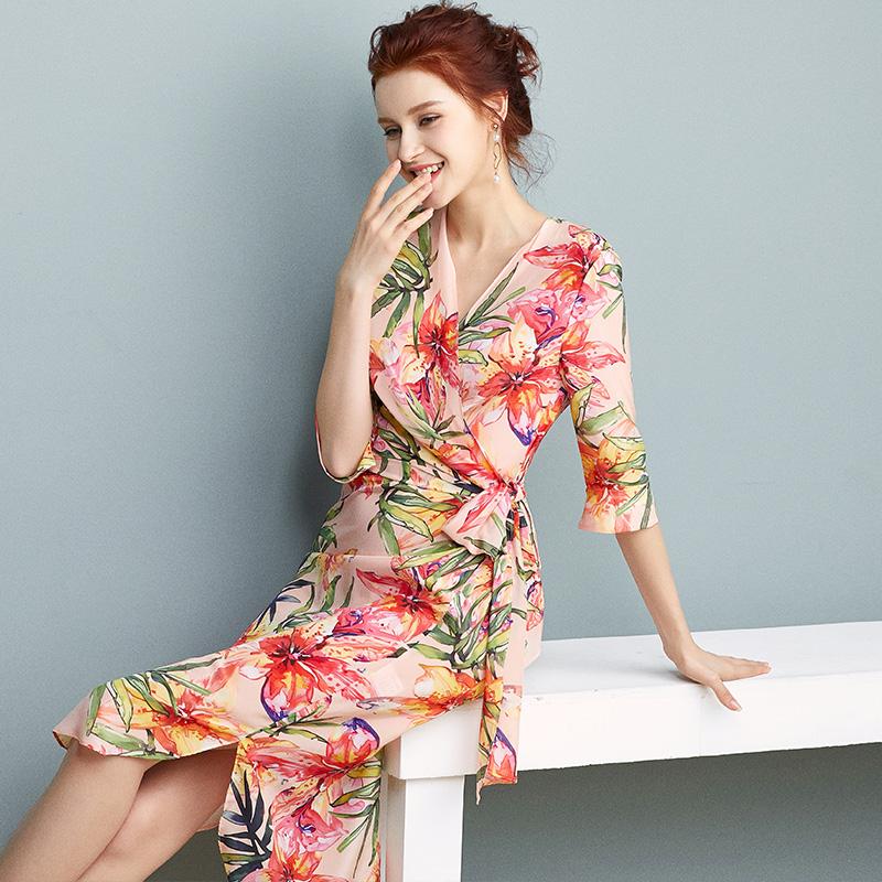 重磅桑蚕丝真丝连衣裙女2021夏季新款法式茶歇裙一片式裹身碎花裙