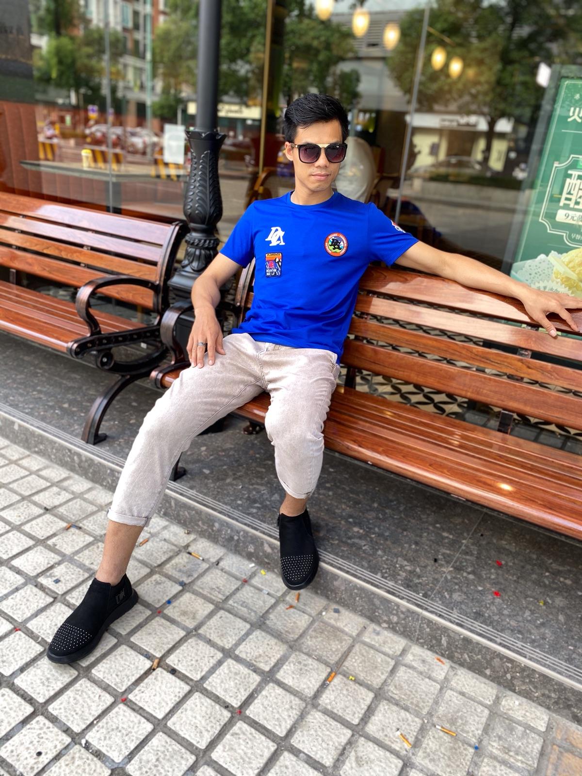 蓝色新款棉毛布2020年青春流行品牌LOGO刺绣印花时尚潮流个性T恤