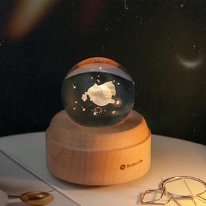 梦幻水晶球音乐盒八音盒木质摆件少女孩天空之城创意生日礼物夜灯