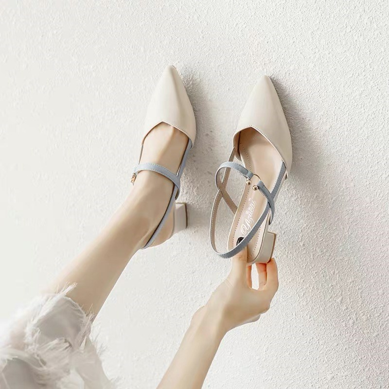 New pointy 2020 sandals summer versatile fairy Baotou middle heel French thick heel small fresh high heel womens single shoes