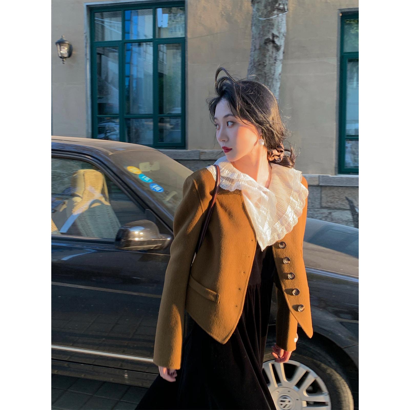 鹭青一英伦复古气质毛呢外套女短款2020秋冬季新款羊毛双面呢大衣