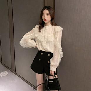 2020春季新款網紅洋氣立領宮廷風打底蕾絲小衫女寬鬆長袖襯衫上衣