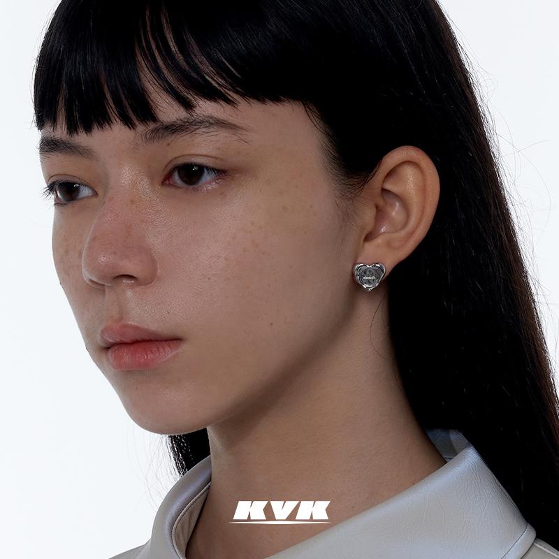 年新款潮简约爱心耳钉女高级感小巧耳针时尚气质耳饰耳环KVK2021