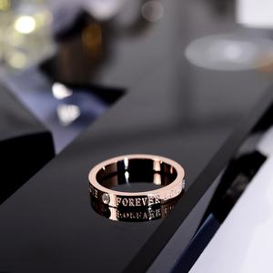 韩京韩版简约时尚带钻英文字母食指环钛钢戒指潮人小指尾戒装饰品 22元