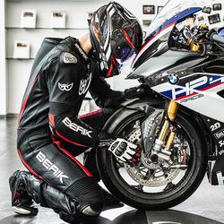 berik摩托车竞技赛道男连体皮衣