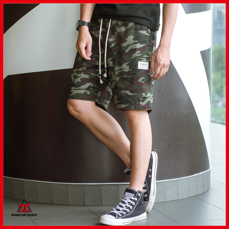 Hong Kong Style camouflage shorts with the same style of net red