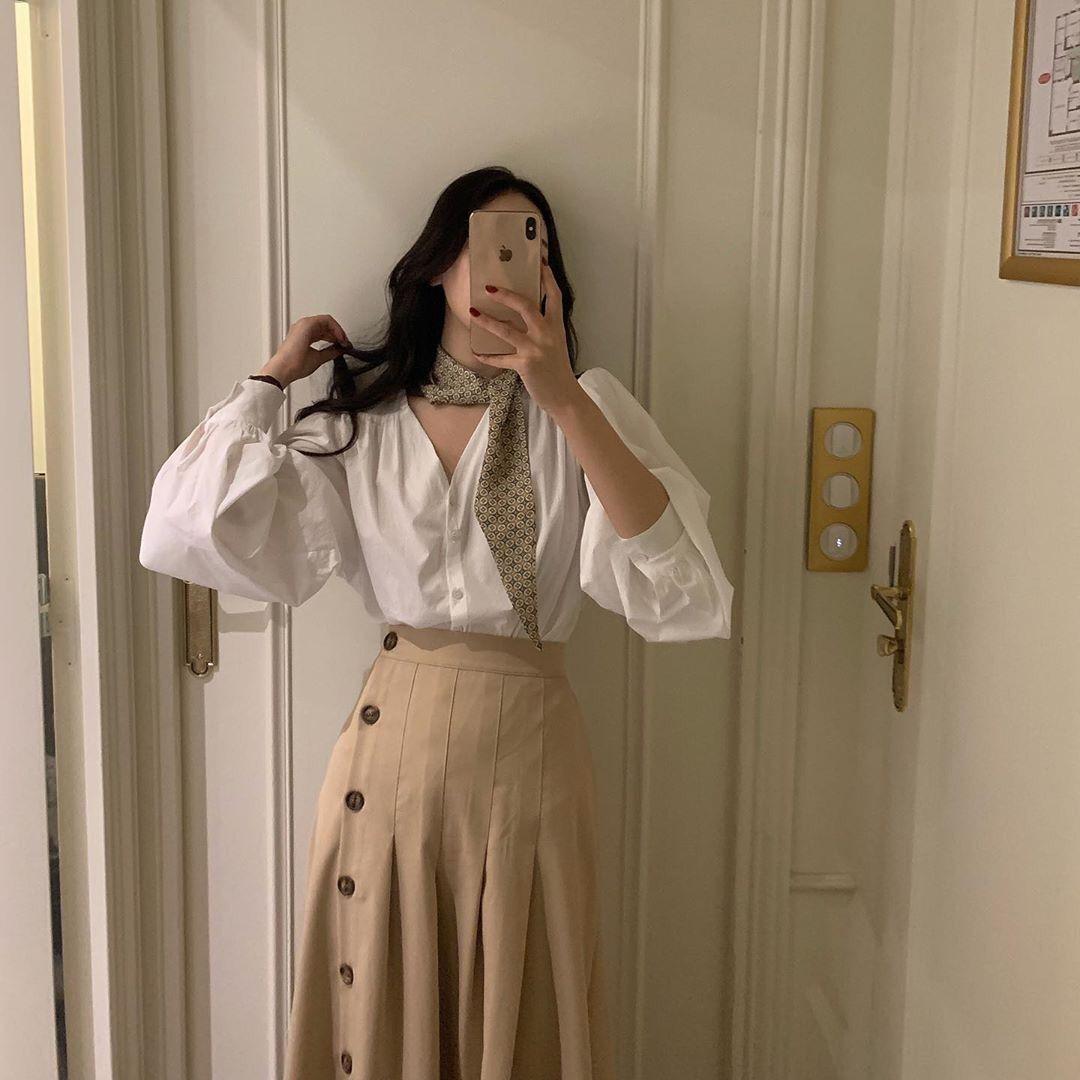 韩国秋季百搭复古V领单排扣长袖衬衫+中长款百褶半身裙套装