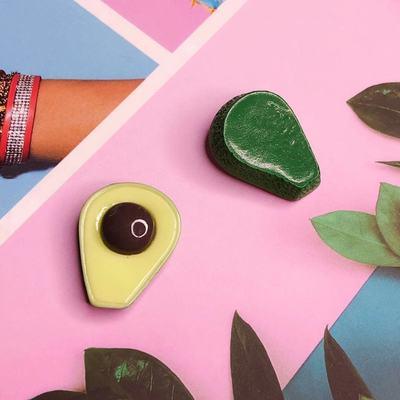 里昂手作创意仿真半面牛油果食玩 手机壳diy奶油胶材料发夹配件