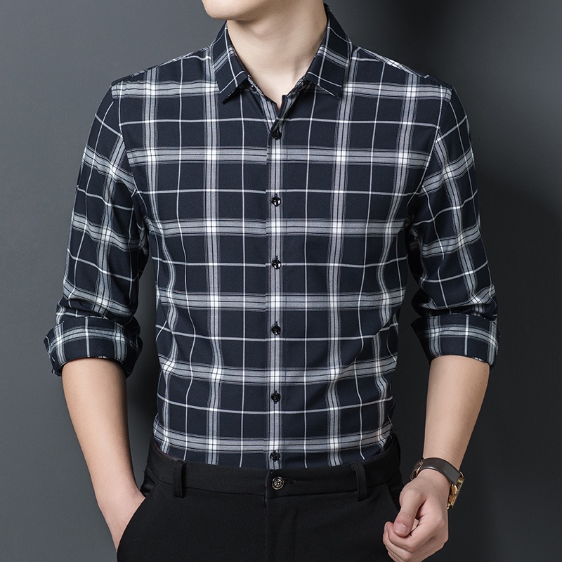 Spring and autumn 2020 new mens casual stripe Long Sleeve Plaid Shirt slim Lapel top