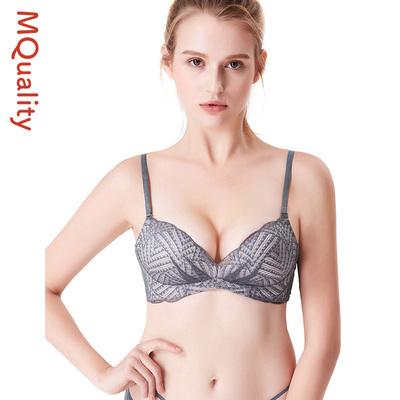 性感蕾丝内衣女无钢圈美背文胸聚拢性感收副乳上托V型中厚杯胸罩
