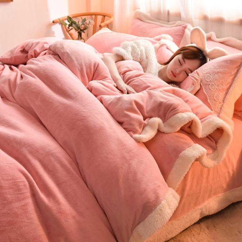 短绒毛四件套仙气一米二的床上四件套冬天被子加绒高级牛奶绒四。