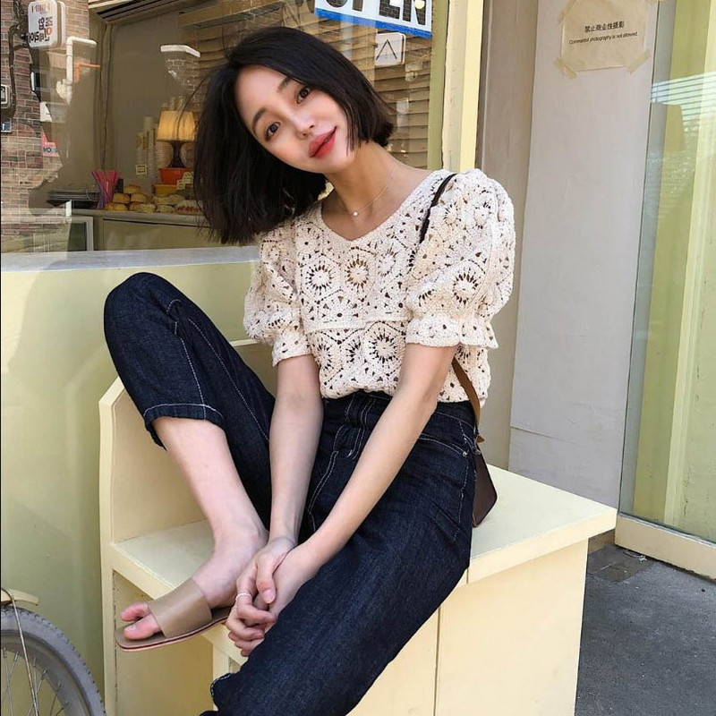 Lace cut out hook flower short T-shirt 2020 spring and summer new foreign style versatile temperament art embroidery top women