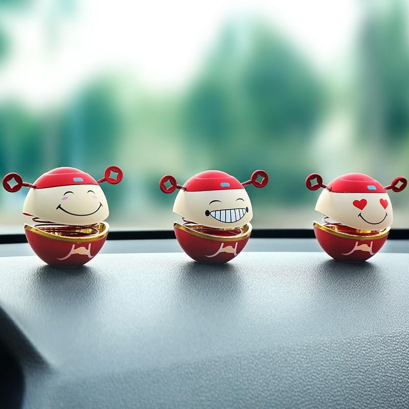 汽车摆件摇头网红车内装饰品车载用品财神爷高档创意个性可爱男女