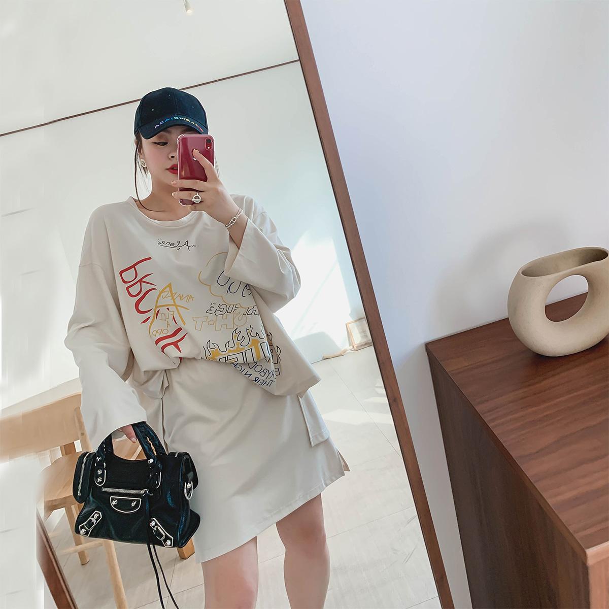 限100000张券豆腐小姐2019新款网红初秋女装胖妹妹显瘦套装两件套遮肉洋气套装
