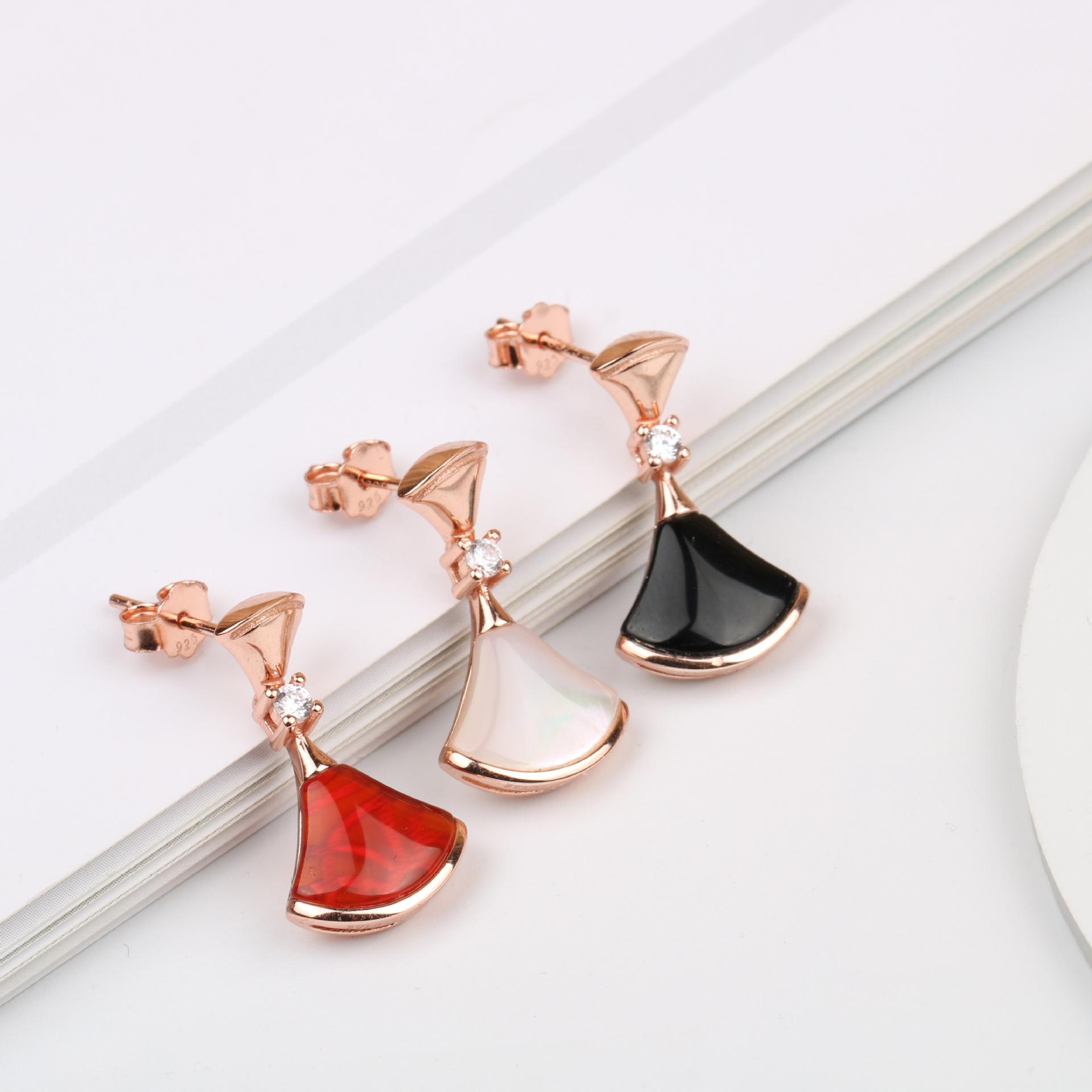 小裙子扇形耳环925纯银贝母耳钉饰新款潮网红高级感百搭个性礼物