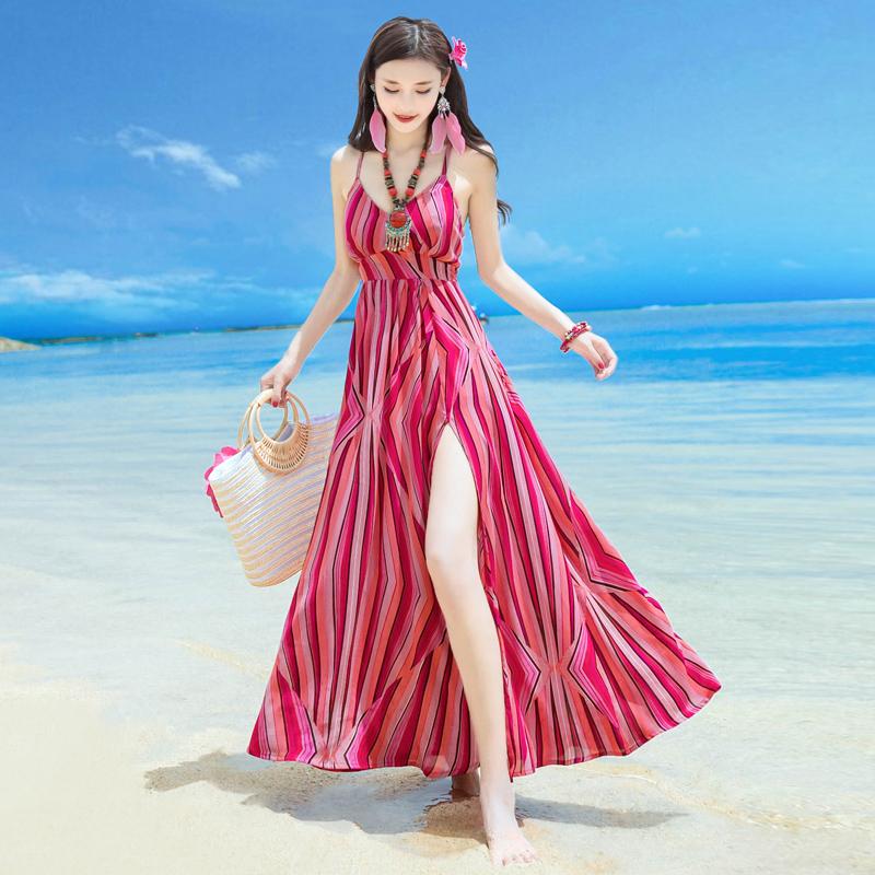 新款连衣裙泰国巴厘岛三亚海边旅游度假沙滩裙修身显瘦露背长裙子