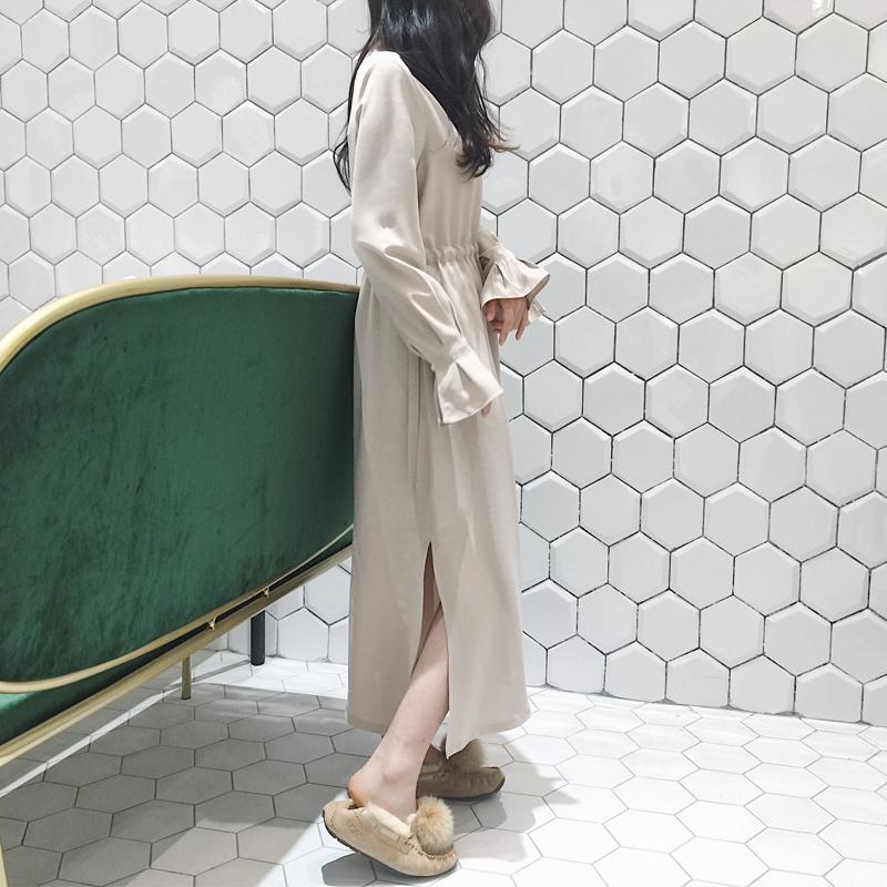 魏好涵 2017冬季新款百搭时尚收腰长款开叉纯色连衣裙女CND74061
