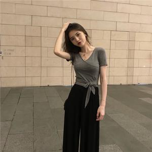 t恤女网红心机性感短款v领上衣bm风短袖女装2020年夏季新款ins潮