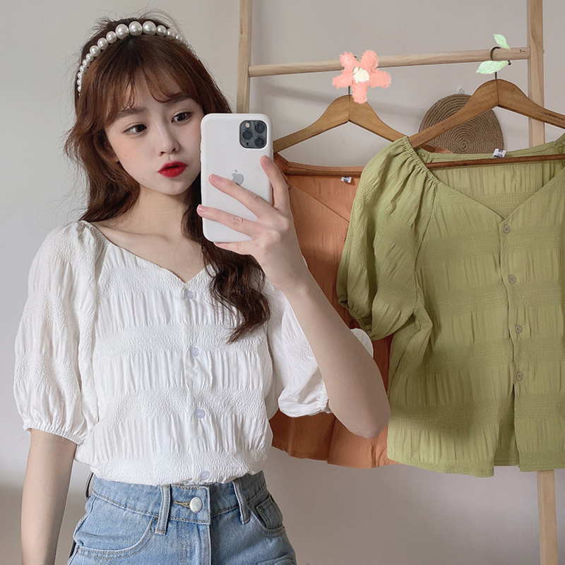 Summer 2020 new versatile shirt womens design sense small bubble sleeve pleated French top white shirt