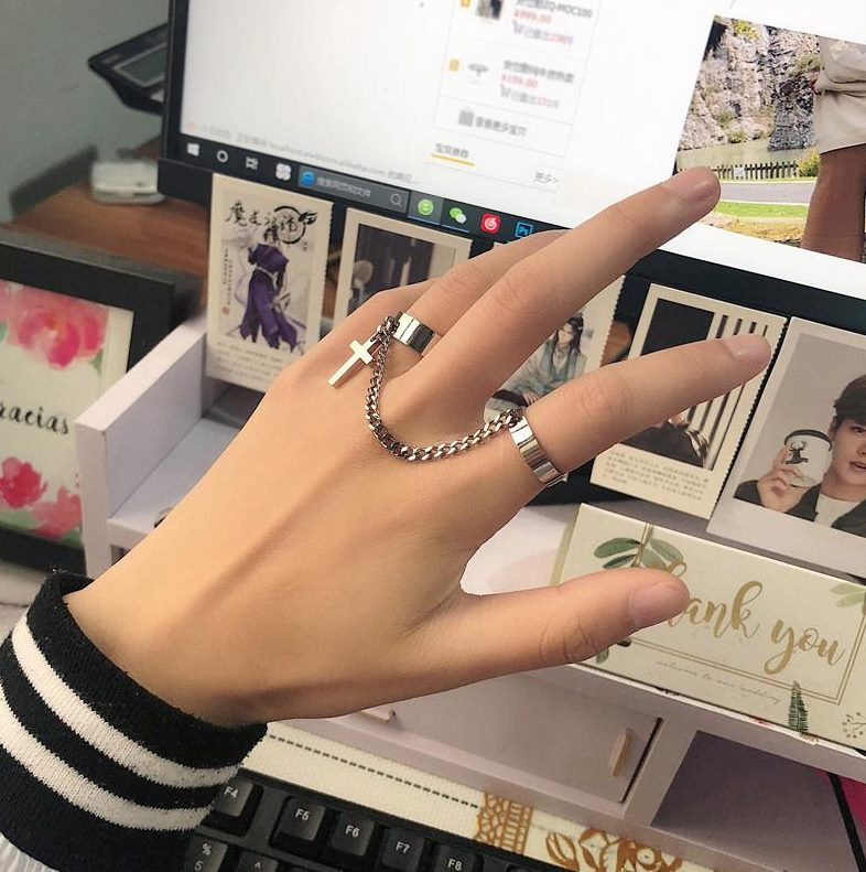 Gothic Ring Chain mens and womens joint ring hip hop adjustable fashion personalized clothing fashion matching accessories