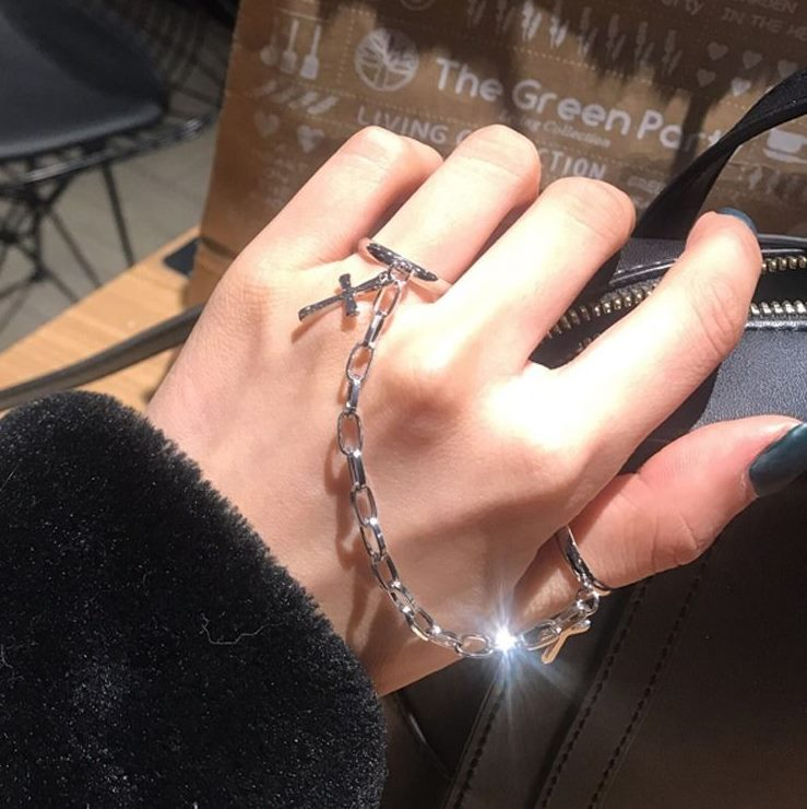 Adjustable ring chain fashion personality Festival knuckle ring for men and women with hip hop clothing Gothic assembly accessories