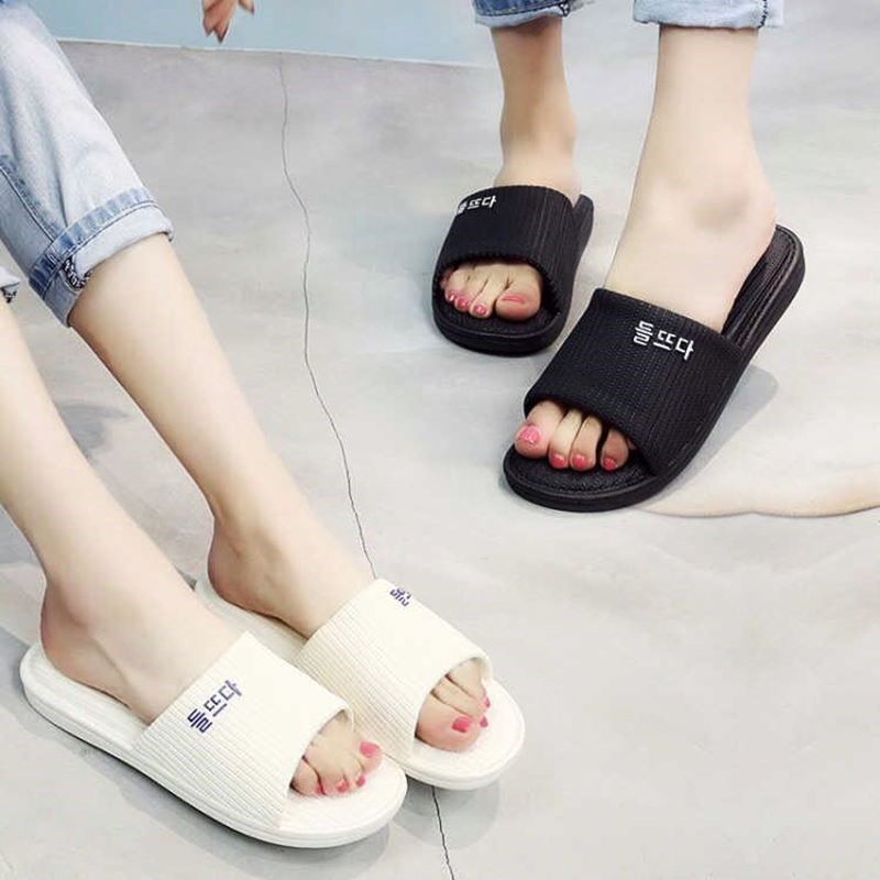 韩版新款春夏可爱时尚软底情侣舒适防滑居家居浴室洗澡男女凉拖鞋