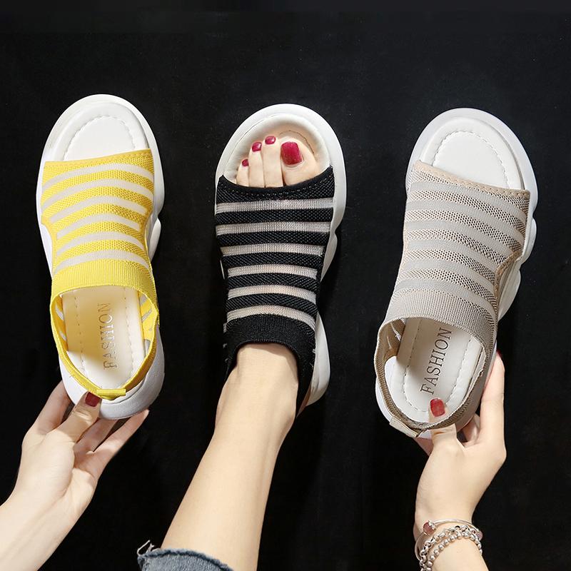飞织运动凉鞋女2020年夏季新款休闲时尚百搭网红平底低跟超火女鞋图片