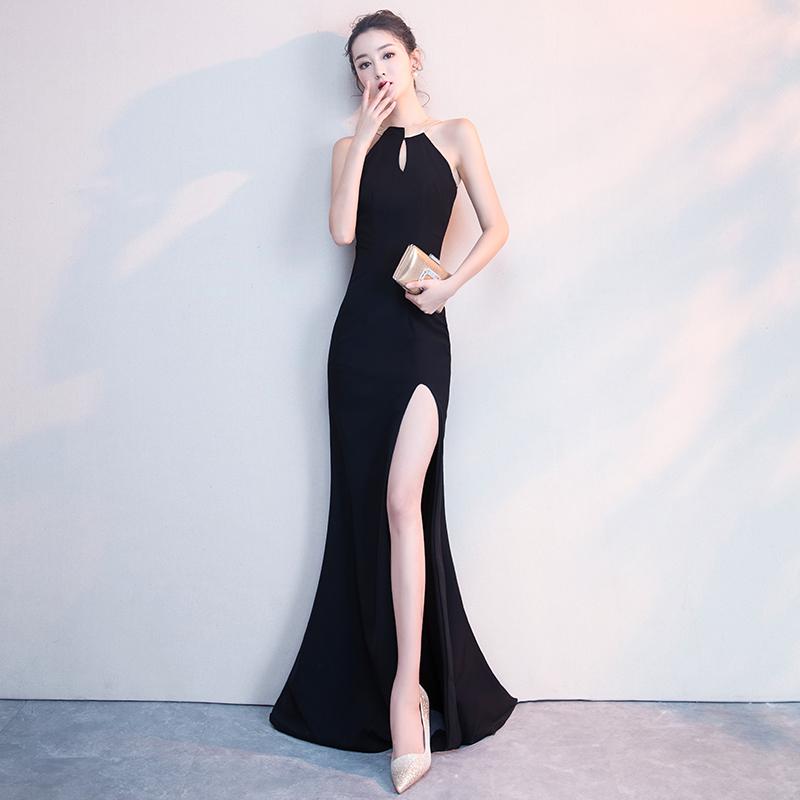 黑色缎面晚礼服女宴会气质性感鱼尾长款挂脖主持人连衣裙高级质感