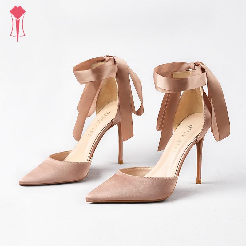 尖头绑带伴娘高跟鞋细跟仙女风裸色性感绸缎系带新娘婚鞋凉鞋女
