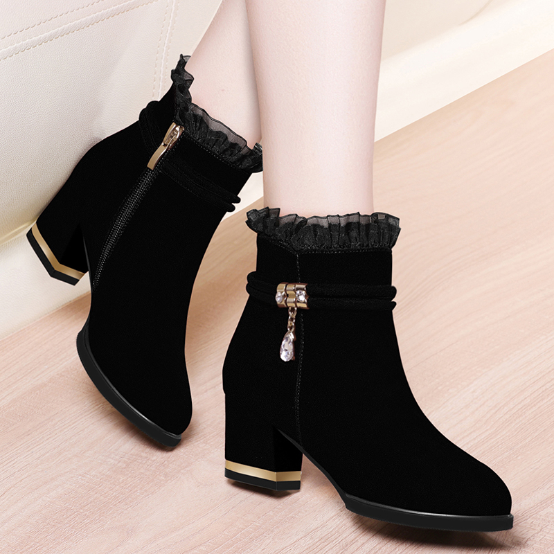 Boots 2020 new winter platform high heel thick heel short boots Plush winter shoes Martin boots warm womens shoes versatile