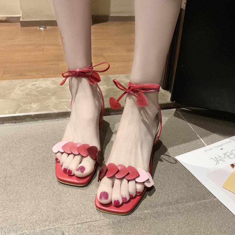 绑带凉鞋女2020夏季新款韩版粗跟漂亮高跟鞋气质晚晚凉鞋女仙女风图片