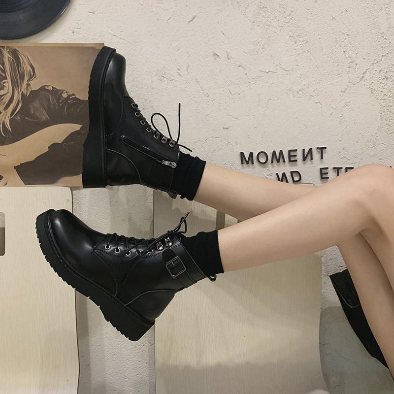 马丁靴女英伦风2020年新款百搭秋冬加绒女鞋爆款瘦瘦短靴子潮ins
