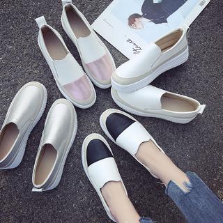 2021新款小白鞋松糕鞋女厚底乐福鞋平底单鞋休闲懒人一脚蹬女鞋潮