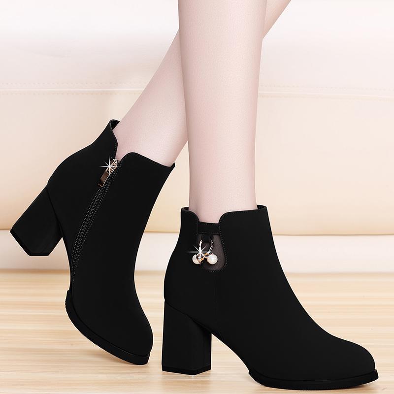 小短靴女马丁靴2020年新款女英伦风秋季瘦瘦靴高跟磨砂粗跟短靴女