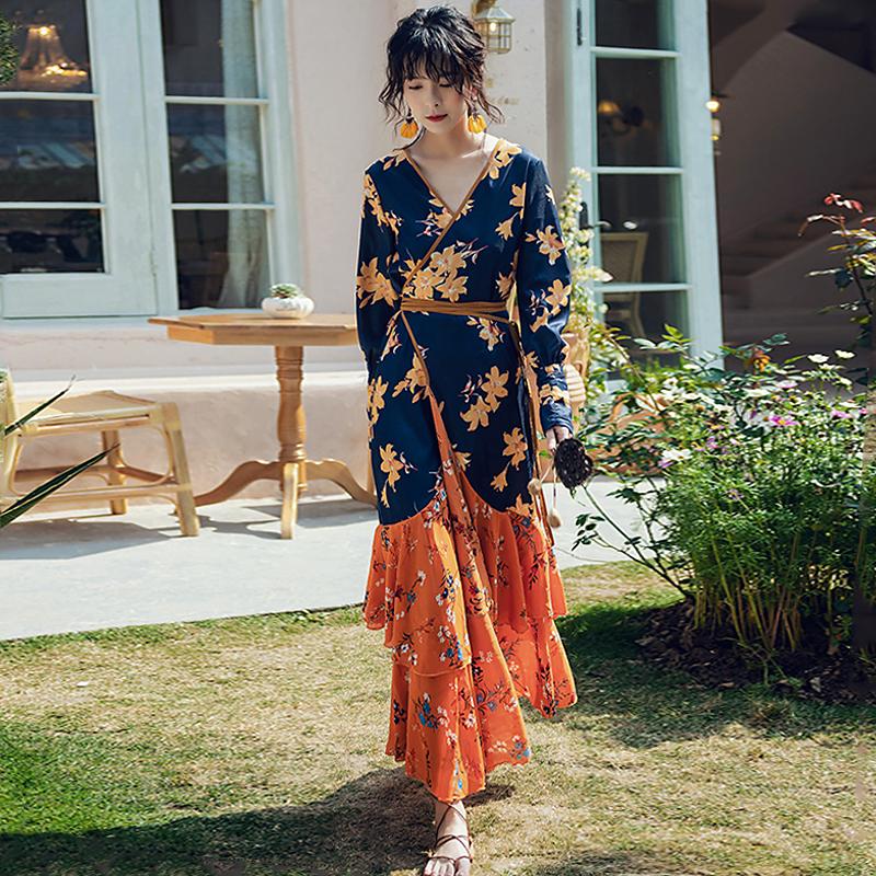 波西米亚连衣裙女长袖春秋显瘦民族风泰国风情裙子海边度假沙滩裙
