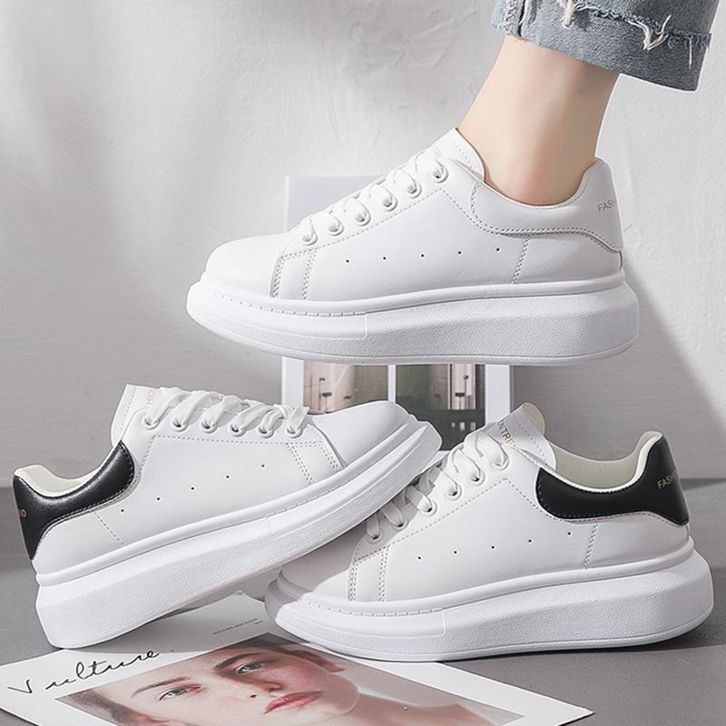 夏季薄款范麦昆小白女鞋2021新款春秋百搭松糕厚底内增高老爹板鞋
