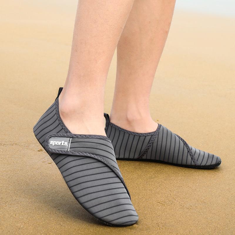 热销40件不包邮户外凉鞋男士新款夏季网布涉水鞋