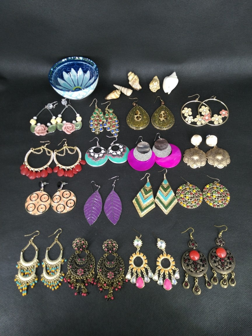 Europe and the United States retro Bohemian national style walk show Street Photo foreign trade exaggerated Earrings