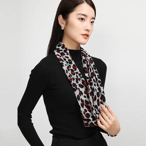 上海故事女士秋冬季装饰配件百搭豹纹脖套保暖羊毛围巾护颈小围脖